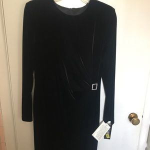 New black velvet long sleeve formal dress size 12